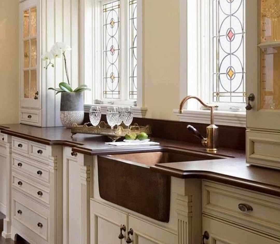 витражи на пластиковых окнах на кухне
